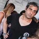 Il regista Roberto Capone nel backstage della sfilata Blue Fashion Sea al circolo nautico Costa Ponente di Palermo