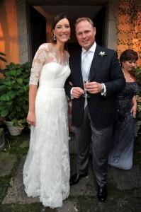 Valentina e Rudy Belcastro davanti alla basilica di San Bartolomeo Fuori le Mura sull'Appia Antica