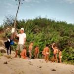 Luca Raimondi sulla spiaggia di Menfi