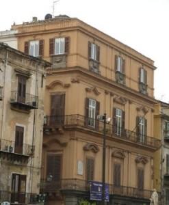 Palazzo Asmundoi