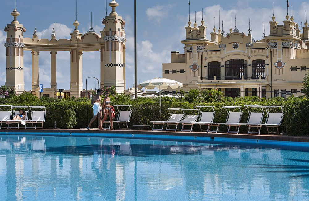 Mondello palace hotel riapre i battenti lo storico albergo di mondello glitter sicilia che - Hotel con piscina catania ...