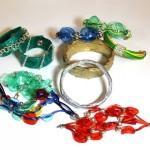 bijou tutti ottenuti da materiale di riciclo