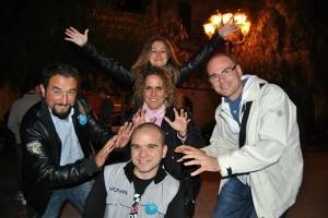 Giancarlo e Azzurra Cancelleri con alcuni amici del Movimento