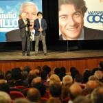 Costa nel 2012 durante un appuntamento elettorale