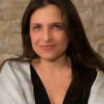 Milvia Averna, editore di Glitter Sicilia e conduttrice di Feel Glitter è una scienziata politica convertita alla moda e alla mondanità