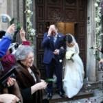 L'eleganza delle nozze invernali: Paola Petronio e Vincenzo Vacirca sposi con stile e tanto di cappello