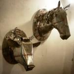 """Il """"Giardino delle meraviglie"""" da Amorlab: una mostra con materiali di riciclo"""