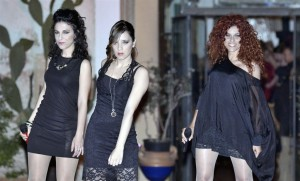 Le Morgane (da sx Barbara Tutrone, Cinzia Gargano e Alessandra Ponente) PH Franco Di Bella
