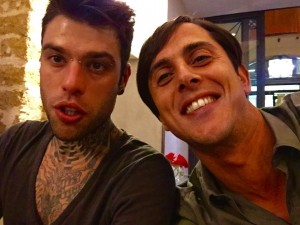 Il fondatore di The New Place, Momo Landino con Fedez