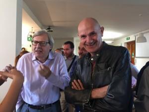 Il musicista Marcello Mandreucci con Sgarbi all'Ordine Dei Giornalisti Di Sicilia.