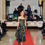 Insieme per Santa Chiara: la moda sposa la beneficenza e detta l'outfit per le feste.