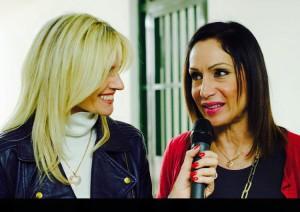 La presentatrice Licia Raimondi con la stilista Marzia Di Gaetano