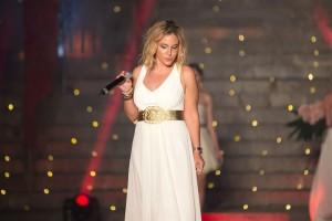 Yasmina Visconti Spinnato vocalist si è esibita durante la seconda serata_ph Dario Mentesana