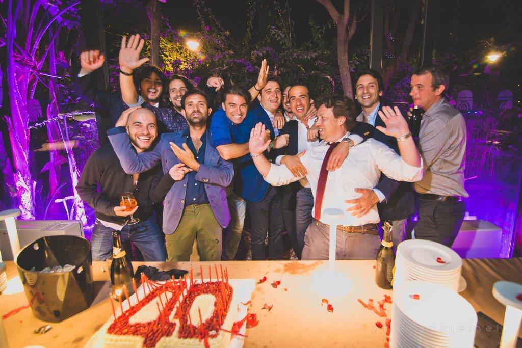 Molto 40 anni, sushi e tanti amici. Marco Martorana festeggia alla Cuba  KG48