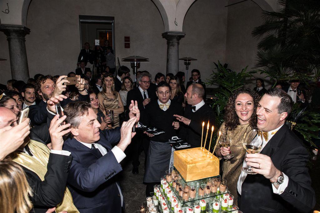 Alessandro Dagnino spegne 40 candeline, al suo fianco la moglie Angela Salamone