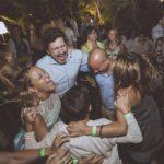 Danze scatenate in un luogo incantato: Glenda Palmeri festeggia i suoi 40