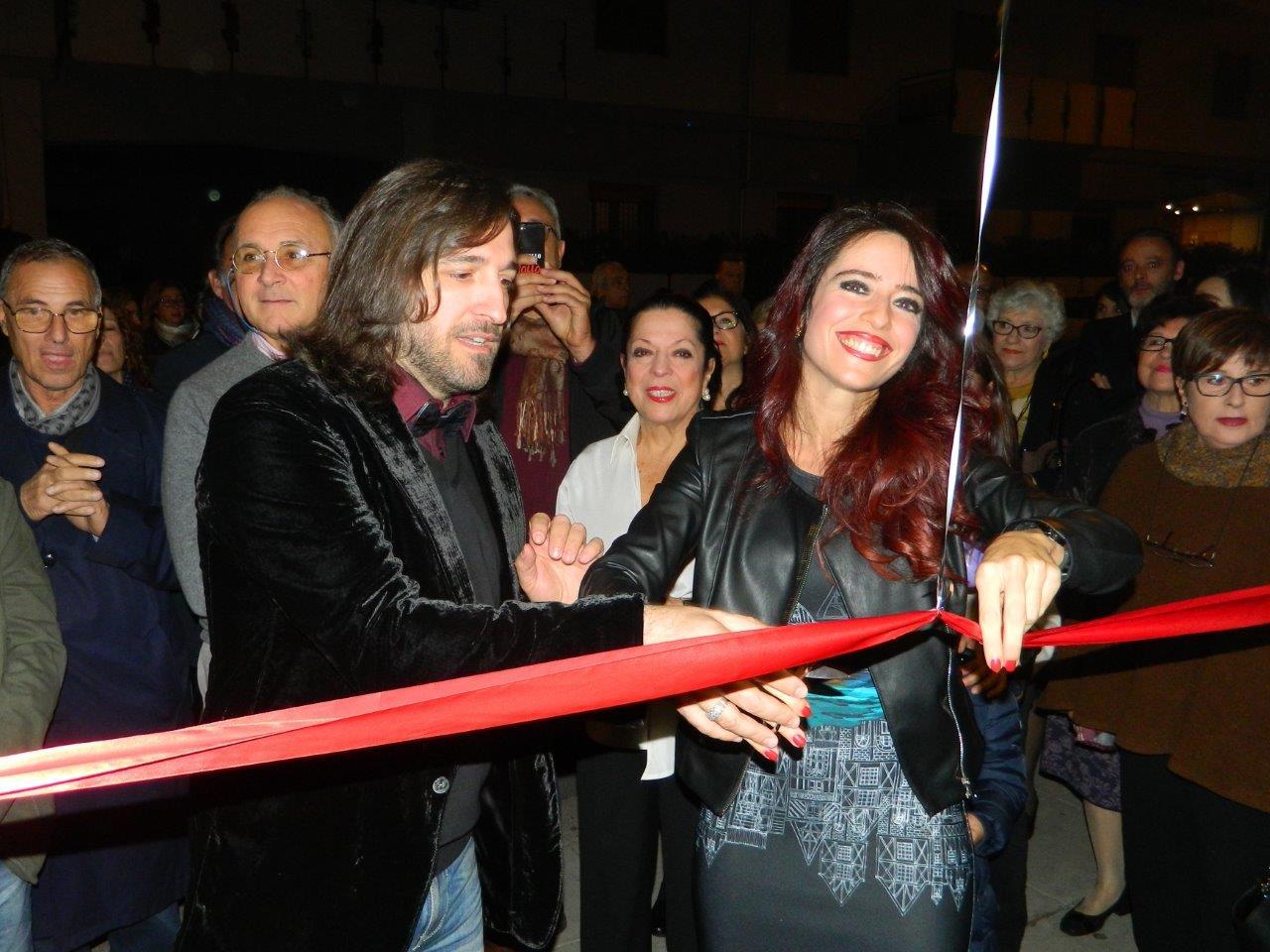 Ernesto Graditi e Francesca Ferrara al taglio del nastro