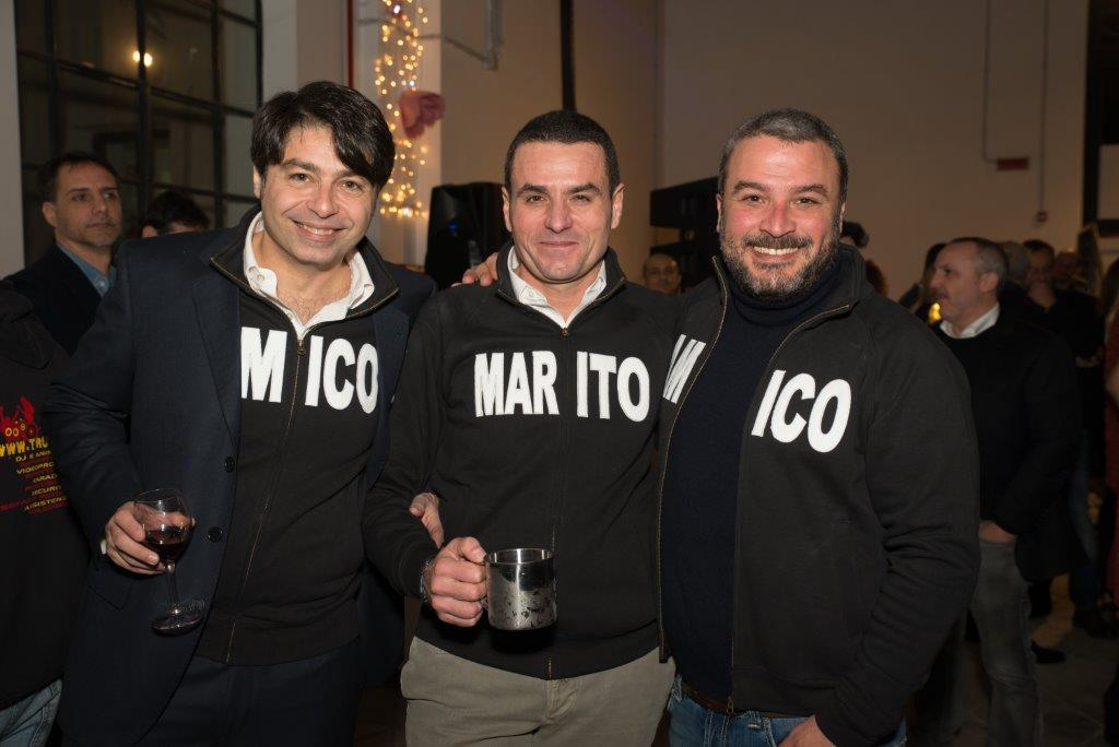 """Enrico Tignini, Vincenzo Cefalù e Carmelo Lo Giudice con le felpe personalizzate """"Angela 40"""""""