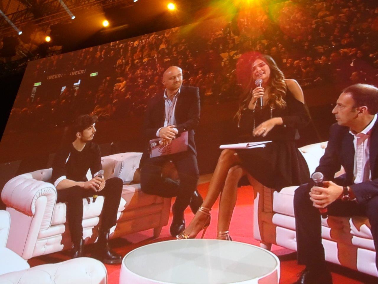 Giorgio Cristaldi intervistato durante il Wella Collection Show