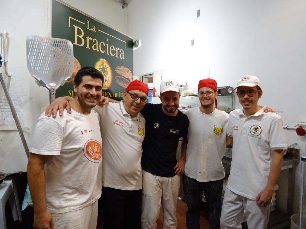 Lo chef Daniele Vaccarella e il suo staff