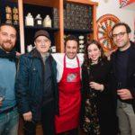 Natale Giunta con gli artisti  Domenico Pellegrino, Tommaso Provenzano, Valentina Amenta e l'architetto Luigi Smecca