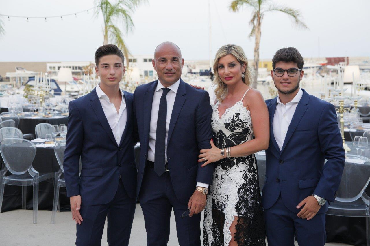 Marco e Antonio Cancascì, la moglie Silvana Mangano e il figlio maggiore Michele Cancascì