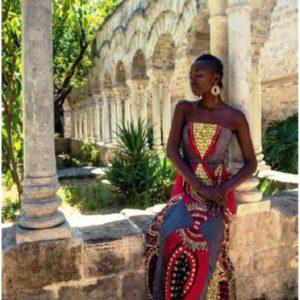 modella a Palermo con abito Ghana1