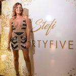 Stefania Baio festeggia i suoi 35 anni con un abito di Sis Dandify