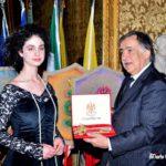 Educarnival 2019_Il sindaco Leoluca Orlando consegna le chiavi della città di Palermo agli studenti