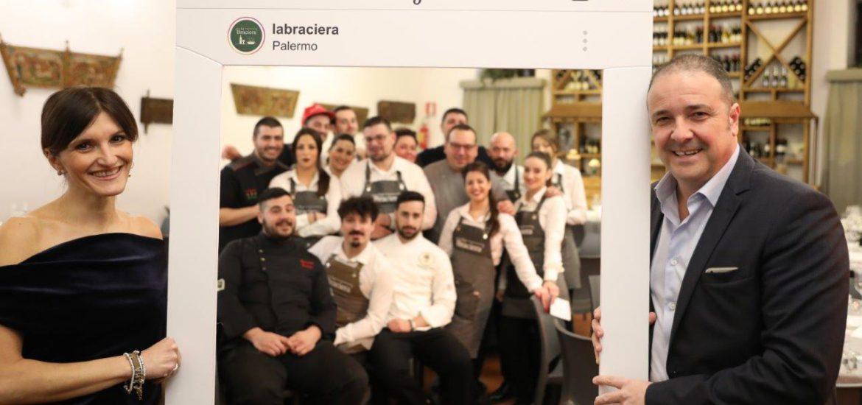 Lavinia Pupella e Antonio Cottone con lo staff de La Braciera