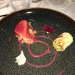 """Dessert: Mousse di ciliegia dell'Etna alla riduzione di Perricone Feotto Todaro, aloe vera candita, cilindro di riso Aquerello al cioccolato """"Valrhona"""", zenzero candito, peperoncino e pistacchio salato"""