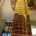 La monumentale scala cantina de La Cage