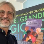 """Domenica Favorita: Presentazione del libro """"Parlano di te"""" dell'hair stylist Giuseppe Caramola. I proventi alle pazienti oncologiche"""